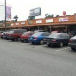 Locales en Plaza 20 calle, zona 10 (Opción 3)