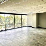 Oficina en Design Center, zona 10